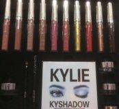 Kylie набор косметики