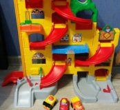 Гараж спуск fisher price