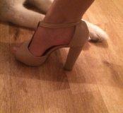 Туфли (босоножки )