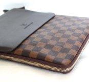 Сумка Louis Vuitton (планшет)