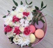 Цветы 🌺 в коробке и сладости