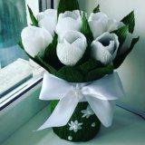 Букет тюльпанов из гофрированной бумаги.