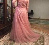 Вечернее платье очень нежное