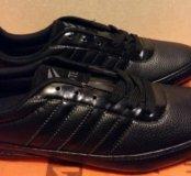 Продаю новые мужские кроссовки
