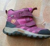 Удобные,качественные ботинки на весну.35-36 р-р