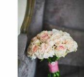 Свадебные букеты из живых цветов.