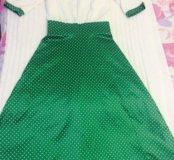 Платье новое,на стройную и худенькую девушку .