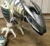 Игрушка. Интерактивный динозавр