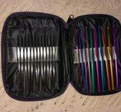 Набор крючков для вязания.