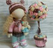 Кукла и дерево ручной работы