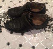 Продаю туфли на мальчика