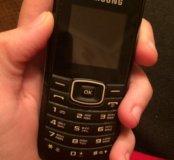 Кнопочный Samsung