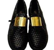 Ботинки новые, размер 36