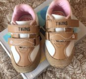 Детские кроссовки Twins