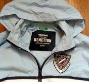 Новая спортивная куртка Benetton