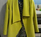 Классное пальто.