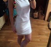 Летнее платье с помпонами