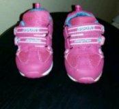 Кроссовки для девочки. Стелька 13 см