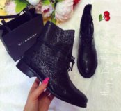 Ботиночки Givenchy