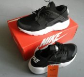 Кроссовки Nike Huarache новые