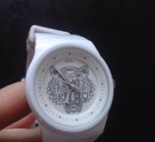 Продам часы Kenzo