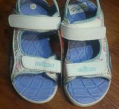 Продаются сандали