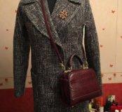 Твидовое пальто в стиле Шанель