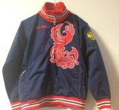 Спортивная курточка для мальчика