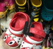 Детские резиновые тапочки
