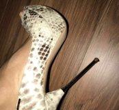 Туфли новые . Оригинал.