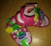 Обувь НОВАЯ на девочку