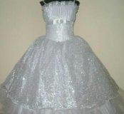 Праздничное платье для девочки (110-116 см рост)