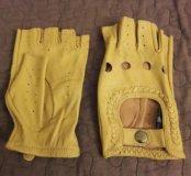 Новые перчатки водителя
