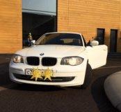 Автомобиль  BMW 1