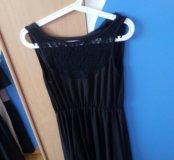 черное платье на спине кружево