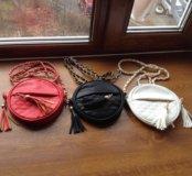 Компактные сумочки с кисточками