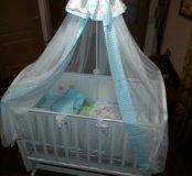 Детская кроватка в полном комплекте!