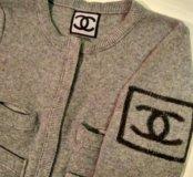 Свитер Chanel