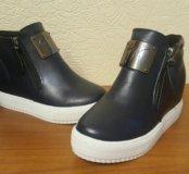 Продам ботиночки новые