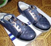 Ботинки для девочки.р 32