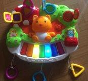 Музыкальная игрушка.