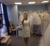 Короткое кружевное свадебное платье 40-42