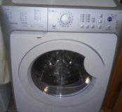 Продаю стиральную машинку. Indesit
