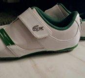 Продам фирменные кроссовки Lacost