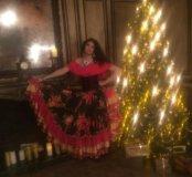 Профессиональное обучение цыганскому танцу.