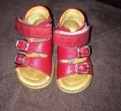 Ортопедические сандали на первые шаги!