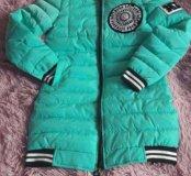 Новая куртка весна 42 размер