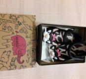 Продам новые босоножки туфли сандалии MINI Melissa