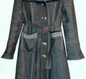 Пальто утепленное, б/у.