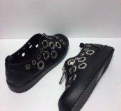 Ботинки обуты